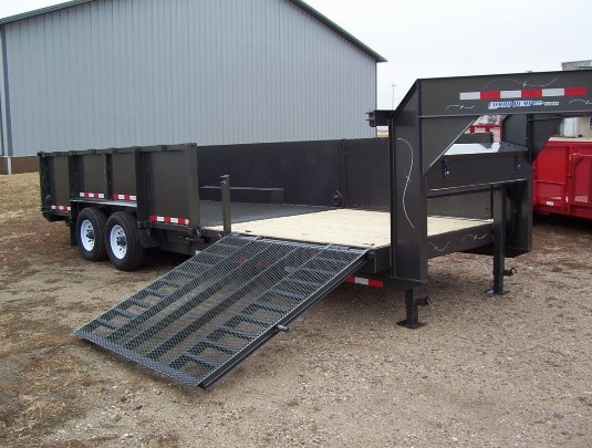 D & K TRAILERS- PICTURE 1